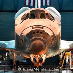 Beep beep. #nasa #discovery #spaceshuttle #udvarhazy #smithsonian #airandspace #nova #neildegrassetyson #HuangMenders #bigideas #bigpeople #bigchanges #allshapesandsizes To see insider views and behind-the-scenes follow us on Instagram: http://bit.ly/HMPhoto1 Facebook: http://bit.ly/HMPFB Wordpress: http://bit.ly/HMWPress