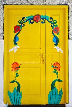 Lovely door in Bandung, West Java, Indonesia Cool Doors, Unique Doors, The Doors, Windows And Doors, When One Door Closes, Door Entryway, Door Gate, Door Accessories, Closed Doors