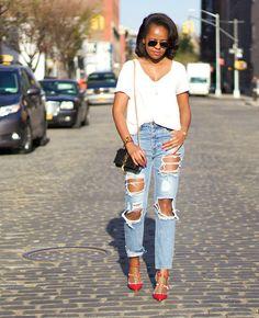 calça cropped jeans rasgada