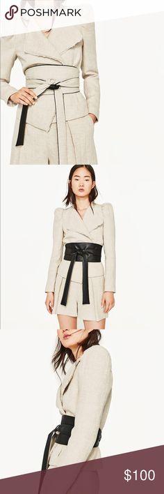 GORGEOUS NWT ZARA Short Jacket Emily Ratajkowski New with tags! Retails for $125! Worn by Emily Ratajkowski!!! Zara Jackets & Coats Blazers