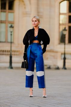 All The Street Style Looks from Paris Fashion Week Fall 2020 Street Style Outfits, Look Street Style, Street Chic, Street Style Women, Street Styles, Fashionista Street Style, Street Outfit, Look Fashion, Fashion Outfits