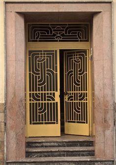 Art Deco door More