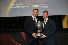 Dan Biggar (L) named BBC Wales Sports Personality of the Year 2015 and receives his trophy from Nigel Owens - Wales Online