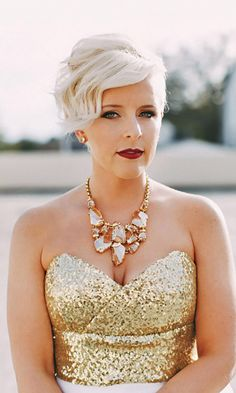 45 Short Wedding Hairstyle Ideas So Good You'd Want To Cut Hair - Frisuren - Short Brown Hair, Short Hair With Bangs, Hairstyles With Bangs, Short Hair Cuts, Cool Hairstyles, Short Hair Styles, Hairstyle Ideas, Elegant Short Hair, Weave Hairstyles
