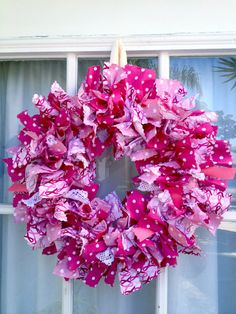 Breast cancer awareness wreath, could be a great fundraiser!