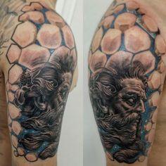 "Tsurutattoo on Instagram: ""@yurisertain Poseidon brabo feito no meu brother de longa data Willy ... Logo finalizamos... Mto obrigado !! #tsuru_tattoo_014…"" Poseidon Tattoo, Data, Sleeve Tattoos, Instagram, Ideas, Thanks, Tattoo Sleeves, Thoughts, Arm Tattoo"