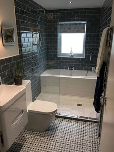 If you have a small bathroom in your home, don't be confuse to change to make it look larger. Not only small bathroom, but also the largest bathrooms have their problems and design flaws. Simple Bathroom Designs, Modern Bathroom Design, Bathroom Interior Design, Large Bathrooms, Small Bathroom Plans, Small Bathroom With Tub, Small Bathroom Layout, Modern Bathrooms, Luxury Bathrooms