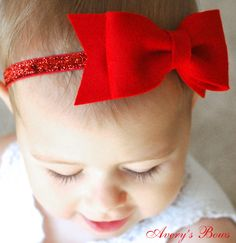 Oh, the Snow White bow. You too will love bows, im sure of it