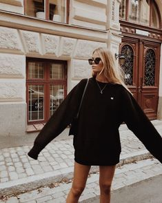 hippie outfits 302304193739232211 - Casual Fall Autumn Outfit Inspo Oversize Sweaters Hoodies Cycle Shorts Sunglasses How To Wear The 2019 Grunge Style Trend Street Style Inspiration Black Women Fashion, Look Fashion, High Fashion, Womens Fashion, Fashion Vest, Fashion Images, Cheap Fashion, Urban Fashion, Fashion Boots