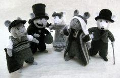 Alan Dart Knitting Pattern: Silent Movie Mice in Simply Knitting Magazine Issue 124