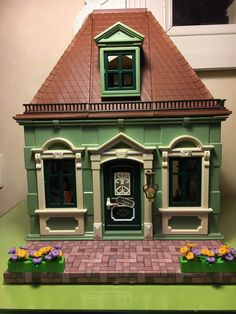 """""""The shop for dishes is finished! It Is Finished, Victorian, Cabin, Dishes, Twitter, House Styles, Shop, Home Decor, Playmobil"""