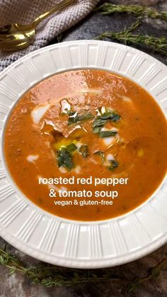 Healthy Soup Recipes, Simple Soup Recipes, Healthy Tomato Soup Recipe, Whole Food Recipes, Diet Recipes, Easy Vegan Soup, Vegan Tomato Soup, Vegan Recipes, Cooking Recipes
