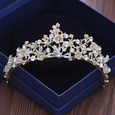 Queen Gold Tiaras Women Hair Jewelry Quinceanera Wedding Crowns With Rhinestone Beads 2018 Party Headbands Bridal Accessories Hair Jewelry, Wedding Jewelry, Quinceanera Tiaras, Quinceanera Dresses, Bridal Accessories, Jewelry Accessories, Gold Tiara, Bridal Tiara, Royal Jewels
