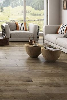 Faux parquet: 10 floor coverings that imitate parquet to perfection - Marie Claire Qu'il s'agisse Decor, House Design, Wood Room, Living Room Flooring, Floor Coverings, New Homes, Sweet Home, Flooring, Wood Floor Stain Colors