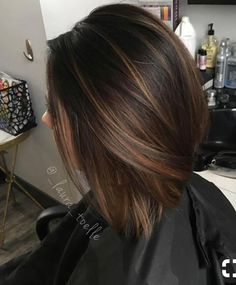 28 Incredible Examples Of Caramel Balayage On Short Dark Brown Hair - Hair Styles - Hair Style Ideas Highlights For Dark Brown Hair, Brown Hair Colors, Short Dark Brown Hair With Caramel Highlights, Dark Brown Short Hair, Caramel Highlights On Dark Hair, Color Highlights, Dark Brown Balayage Medium, Brown Highlighted Hair, Highlights Short Hair