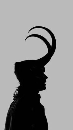 One Shots Marvel - Loki Laufeyson Loki Wallpaper, Avengers Wallpaper, Loki Avengers, Marvel Avengers, Thor, Loki Laufeyson, Loki Aesthetic, Loki Art, Marvel Background