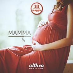Mamma si diventa. Piano piano. Tantissimi auguri a tutte le già mamme e a quelle che lo saranno presto. Oggi è il vostro giorno, buona festa ragazze! #mamma #amore