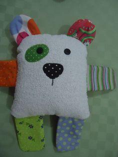 Naninha para bebês, menina ou menino.  Material anti alérgico, popeline, toalha e manta siliconada. Botões reforçados.