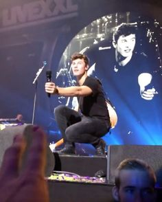 @shawnmendesupdates1 Ziggo Dome September 17: Shawn performing 'Stitches' at #538Livexxl Festival in Amsterdam, Netherlands (Vc: @newhoperosa) #Shawnmendes#Mendesarmy#Illuminate