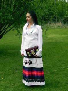Native American Clothing, Native American Fashion, Dance Outfits, Skirt Outfits, Jingle Dress, Ribbon Skirts, Skirt Patterns Sewing, Shirt Skirt, Traditional Outfits
