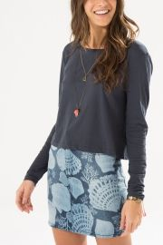 blusa curta manga longa