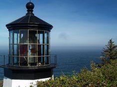 Oregon: Cape Meares Lighthouse