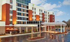Groupon Stay With Daily Dining Credit At Hyatt Place North Charleston In South Carolina