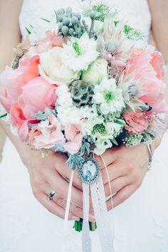 www.whiteweddingphotography.de www.milles-fleurs.de Pheonie