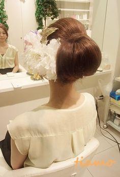 美人花嫁さまの3アップスタイルチェンジで素敵な一日♡の画像 | 大人可愛いブライダルヘアメイク『tiamo』の結婚カタログ Girls Dresses, Flower Girl Dresses, Wedding Hairstyles, Hair Dos, Wedding Dresses, Makeup, Beautiful, Fashion, Dresses Of Girls