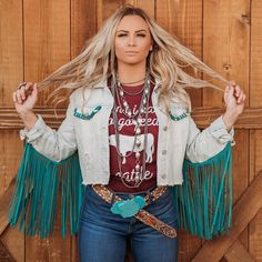 This jacket. That fringe. Country Style Outfits, Country Dresses, Country Fashion, Cowgirl Outfits, Western Outfits, Cowgirl Clothing, Cowgirl Fashion, Gypsy Cowgirl Style, Gypsy Chic