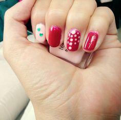 Decoración sencilla uñas #chic #puntos #violeta #frenchpink