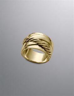 18-karat yellow gold Pav diamonds, 0.18 total carat weight 11mm wide