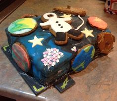 Moon party: A space themed 3-birthday – Motherbug