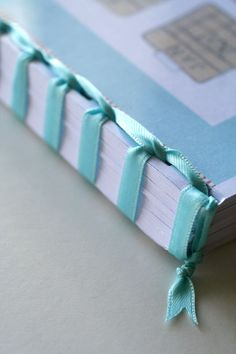 Open Book Marble - Romantic Book To Read - - Book Nerd Wallpaper iPhone Handmade Notebook, Diy Notebook, Handmade Journals, Handmade Books, Mini Albums, Mini Album Scrap, Japanese Binding, Bookbinding Tutorial, Paper Embroidery