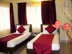 Affordable Hotels in Bangalore - Mels offers Economy/Cheap Hotels in Bangalore at Affordable Rates. We provide business class Accommodation for corporate and delegates in our affordable hotels in Bangalore.http://www.melshotels.com/regencyhotel-budget/tariff.html