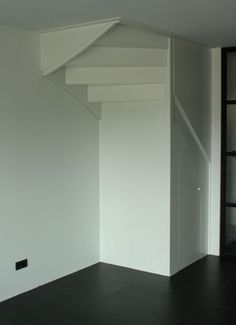The space under the staircase can be filled with many headaches. He is very difficult to use and it requires custom work to make something good out of it. In this house, I have a. Painting Kitchen Cabinets White, Kitchen Layouts With Island, Staircase Storage, Dark Countertops, New Kitchen Designs, Ikea Home, White Sink, Floor Colors, Open Trap