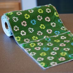 Snapping Paper Towel Set, very clever