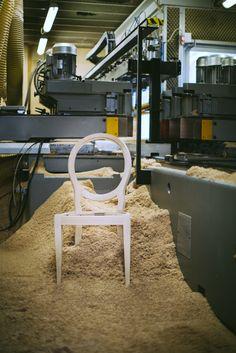 Kora chair by Venetasedie Production
