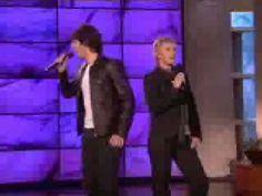 Ellen and Josh Groban Sing A Duet - Blurry but funny