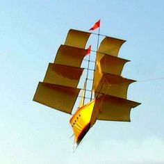 Yet another contestant in the coolest boat kite contest