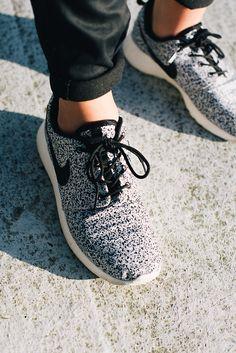 Nike Roshe. http://www.creativeboysclub.com/ http://www.creativeboysclub.com/wall/creative