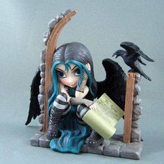 Whispered Word, Lenore Raven Fairy Figurine Jasmine Becket-Griffith  (Need)