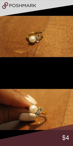 Gold Stainless Steel Ring Gold Stainless Steel Pearl and Rhinestone Ring Jewelry Rings