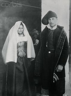 Man and Woman Posing in Exquisite Dress - 1920 Sardegna #TuscanyAgriturismoGiratola