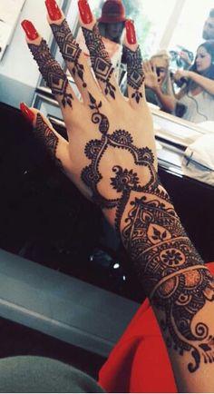 Amazing Advice For Getting Rid Of Cellulite and Henna Tattoo… – Henna Tattoos Mehendi Mehndi Design Ideas and Tips Et Tattoo, Tattoo Henna, Hand Tattoo, Henna Tattoo Designs, Mehndi Designs, Henna Ink, Henna Body Art, Henna Mehndi, Mehendi