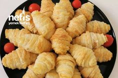 Lavaştan Harika Börek – Nefis Yemek Tarifleri Snack Recipes, Snacks, Pitaya, Chips, Pasta, Ethnic Recipes, Food, Yogurt, Snack Mix Recipes