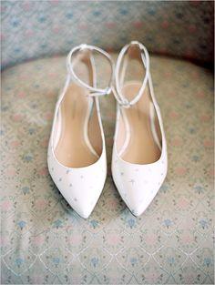Unique wedding shoes with starts on them @weddingchicks