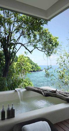 Banheira com vista