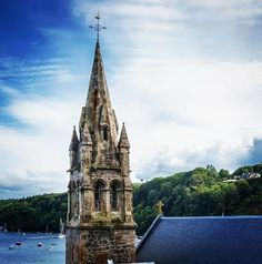 Tobermory church with a renovated natural slate roof | #architecture #renovation