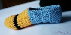 Free Crochet Pattern For Baby Minion Slippers : 1000+ images about tricot on Pinterest Baby hats ...